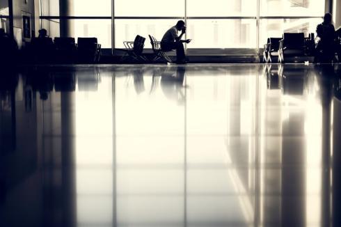Bei Flugverspätung Rechte prüfen
