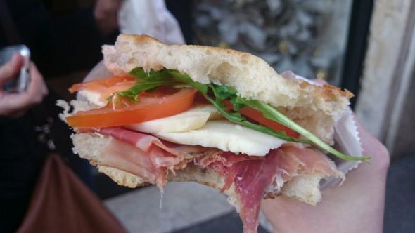 Italienisches Panino - Die perfekte Mahlzeit für zwischendurch